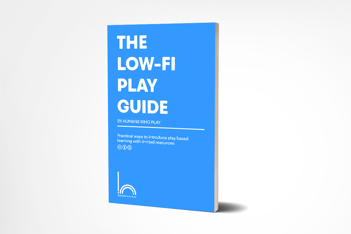 LowFi Playguide_Cover2_MockUp.png