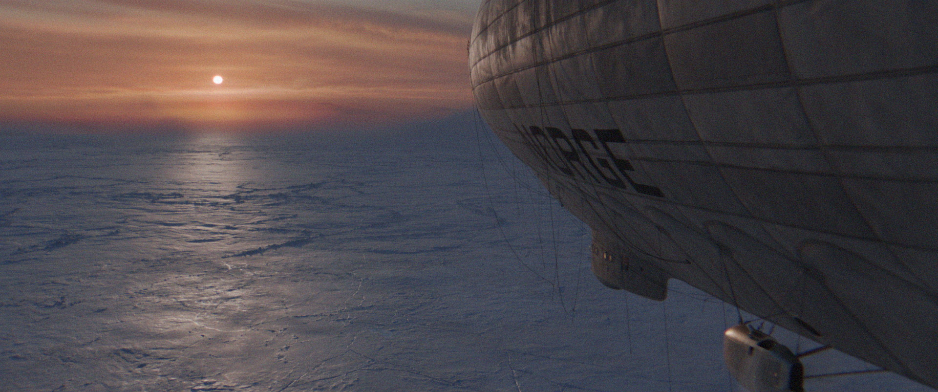 am_airship_01.jpg