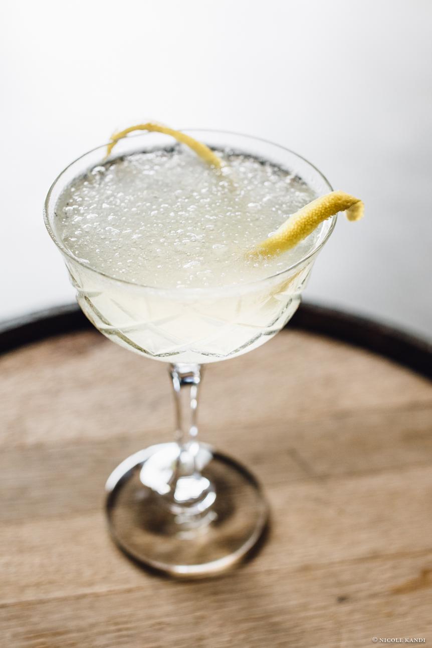 vodka_pearlescent_casablanca_floral-4.jpg