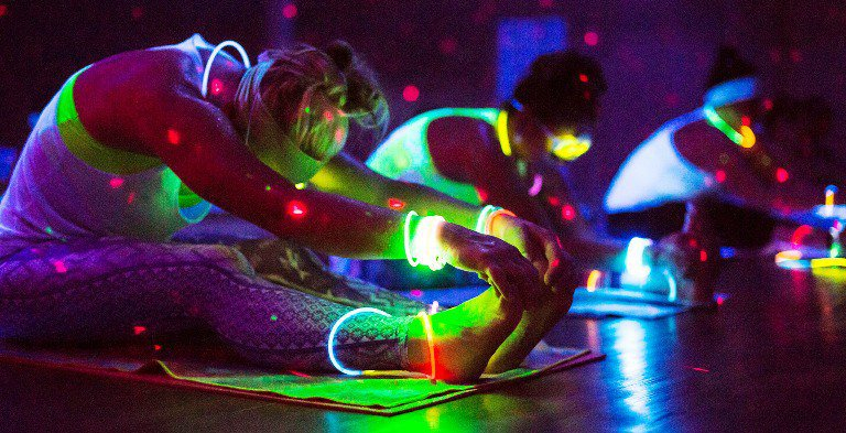 glow_yoga11.jpg