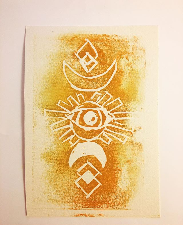 Made this last week been waiting to create more things by hand lately since working on the computer a lot  #art#printmaking#moon#thirdeye