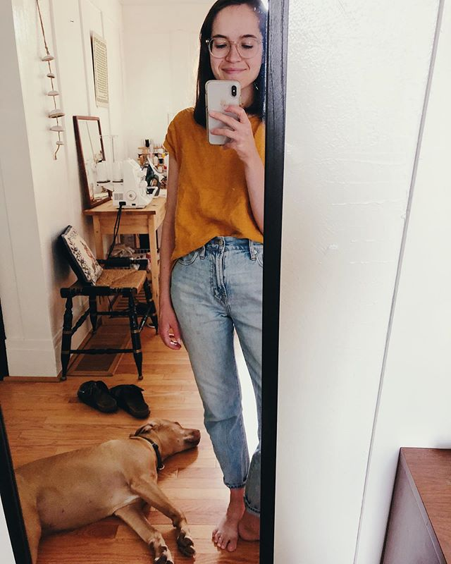 box top and favorite thrifted jeans + puppy sleeping nearby ✨ #memadeeveryday #allwellboxtop #bothebornmanpup