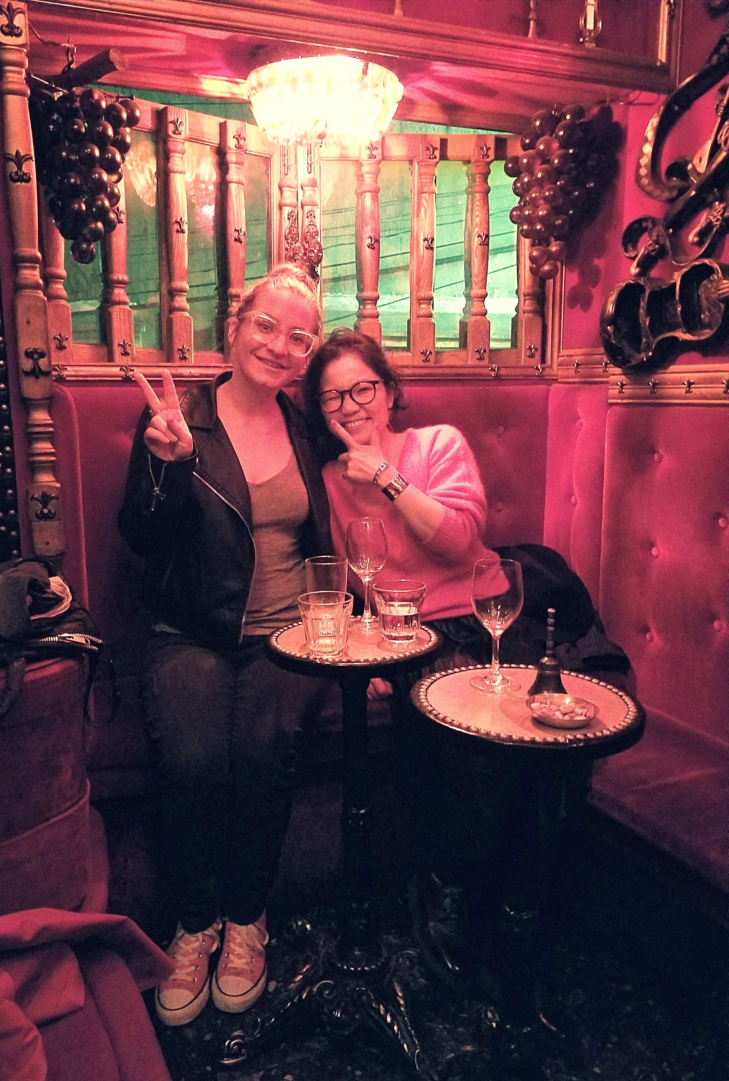 uprooted-traveler-foolproof-guide-to-tokyo-piano-bar-drunkard's-alley