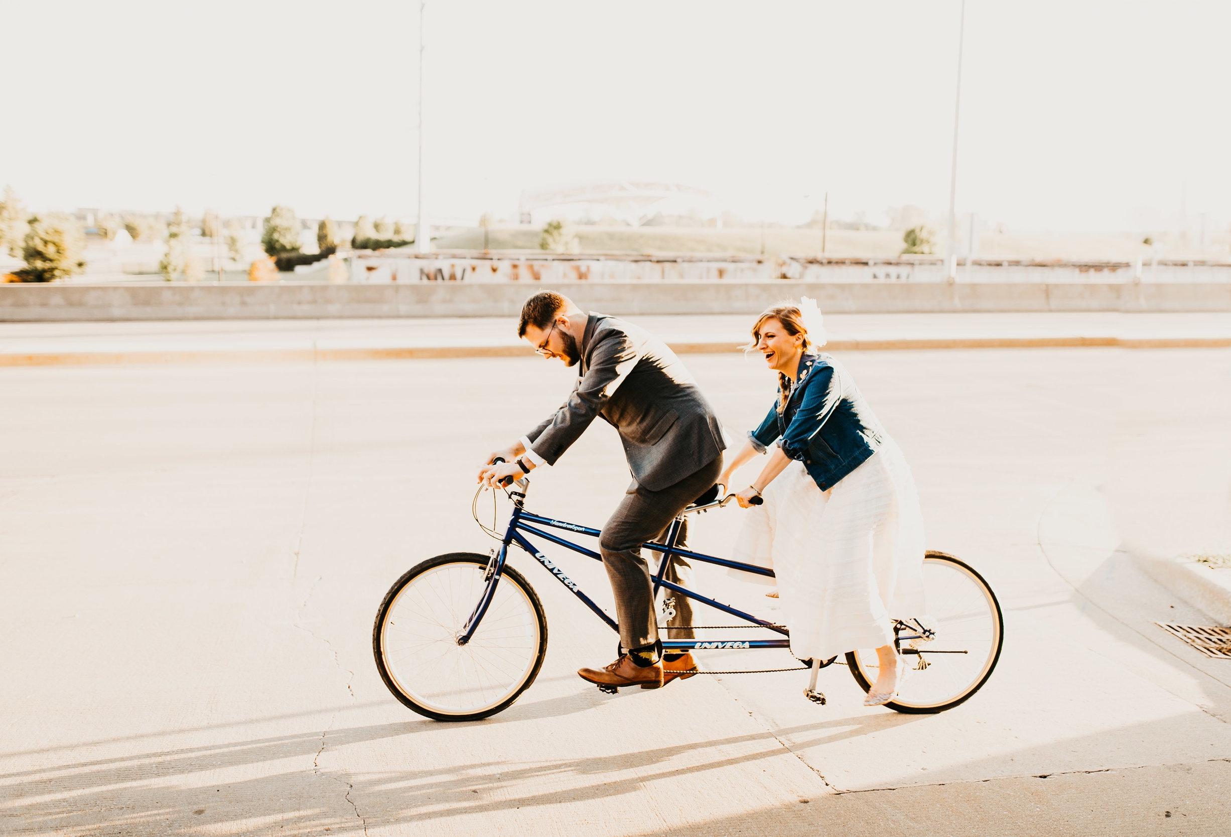 uprooted-traveler-courtney-smith-tandem-bicycle-honeymoon-registry-wanderable-honeyfund