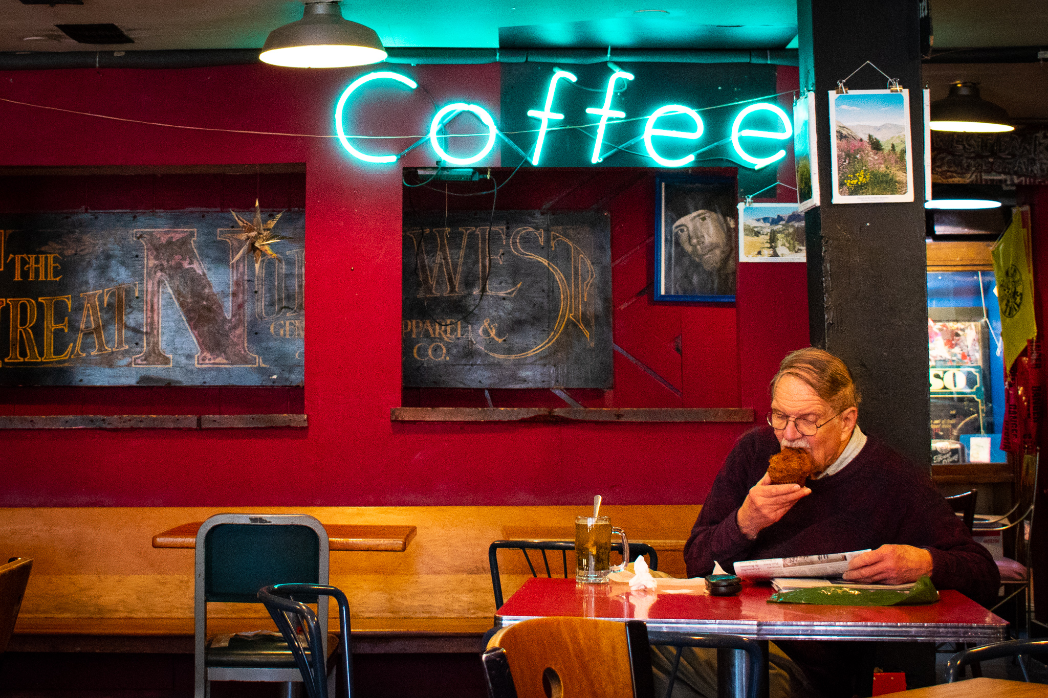 uprooted-traveler-hard-times-cafe-vegan-guide-minneapolis-st-paul.jpg