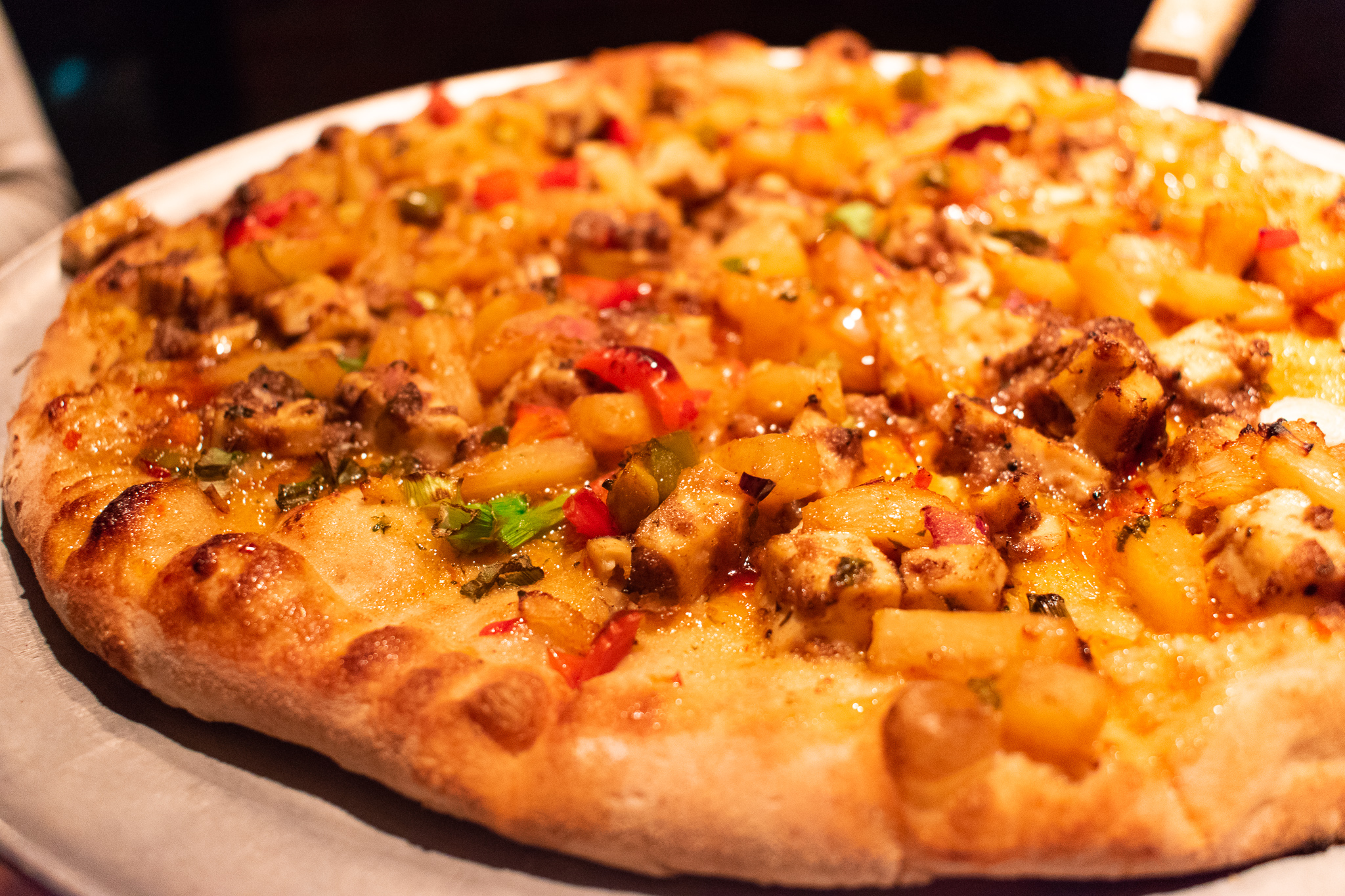 uprooted-traveler-vegan-pizza-luce-fire-breathing-dragon-cashew-cheese.jpg