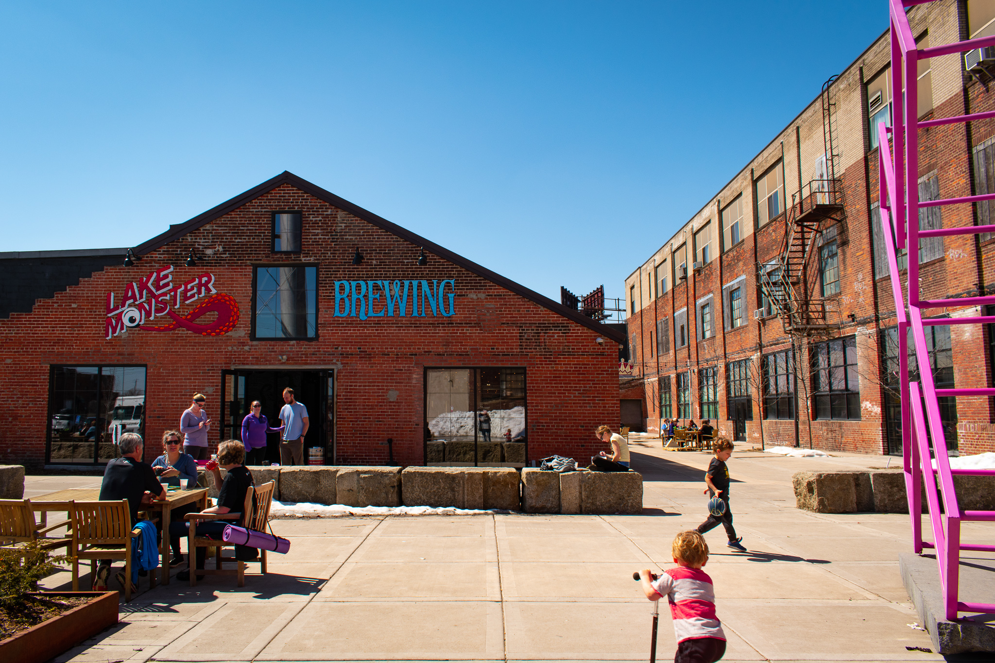 uprooted-traveler-lakeside-brewing-yoga-and-pint-minneapolis-st-paul.jpg
