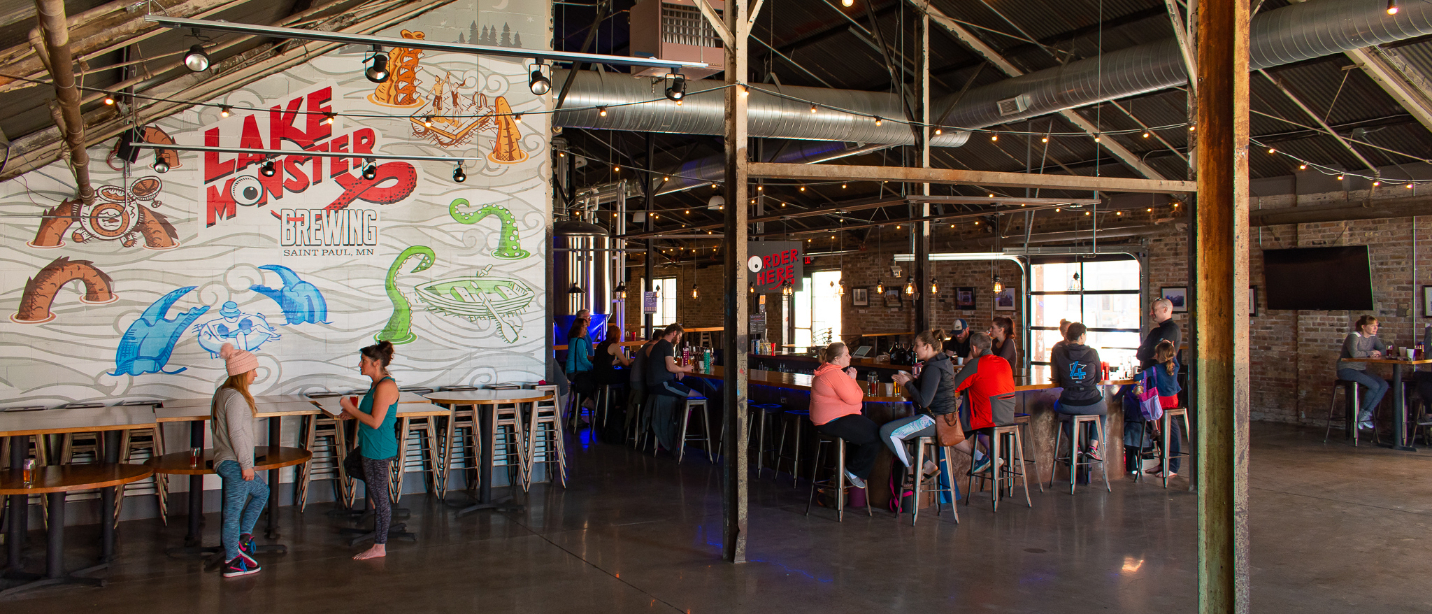 uprooted-traveler-yoga-and-pint-vegan-lakeside-brewing-what-to-do-minneapolis-st-paul-4.jpg