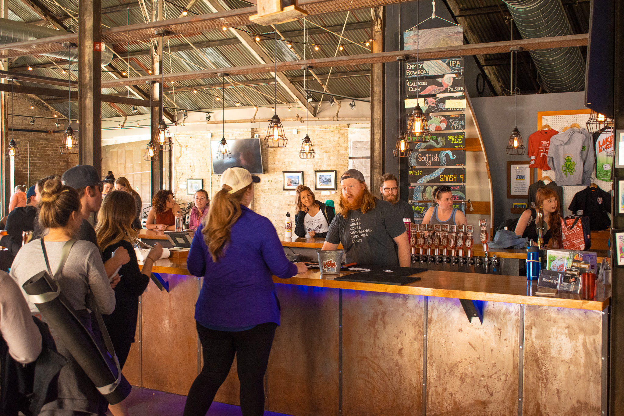 uprooted-traveler-yoga-and-pint-vegan-lakeside-brewing-what-to-do-minneapolis-st-paul.jpg