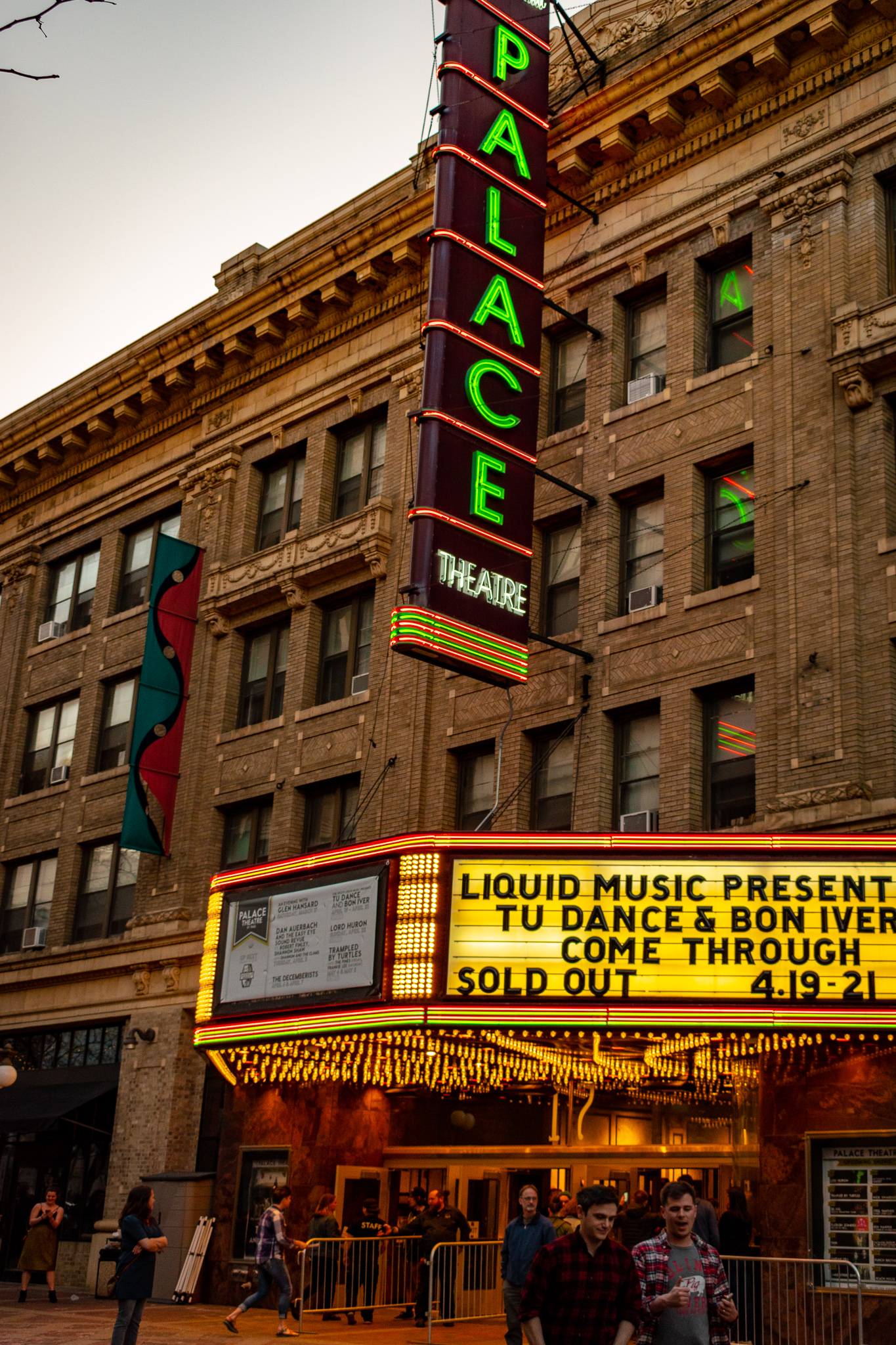 uprooted-traveler-palace-theater-st-paul-minneapolis-theater-guide.jpg