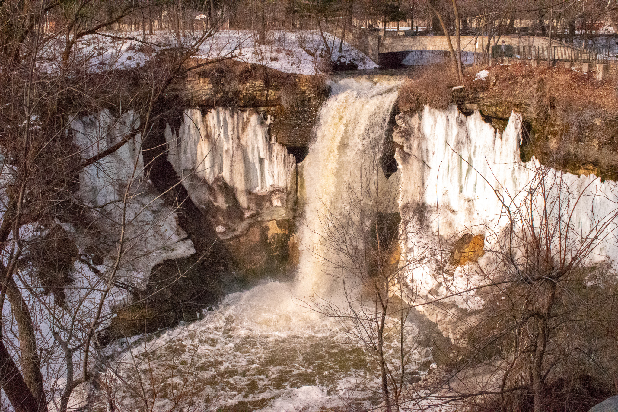uprooted-traveler-minnehaha-falls-st-paul-minneapolis-guide-what-to-do.jpg