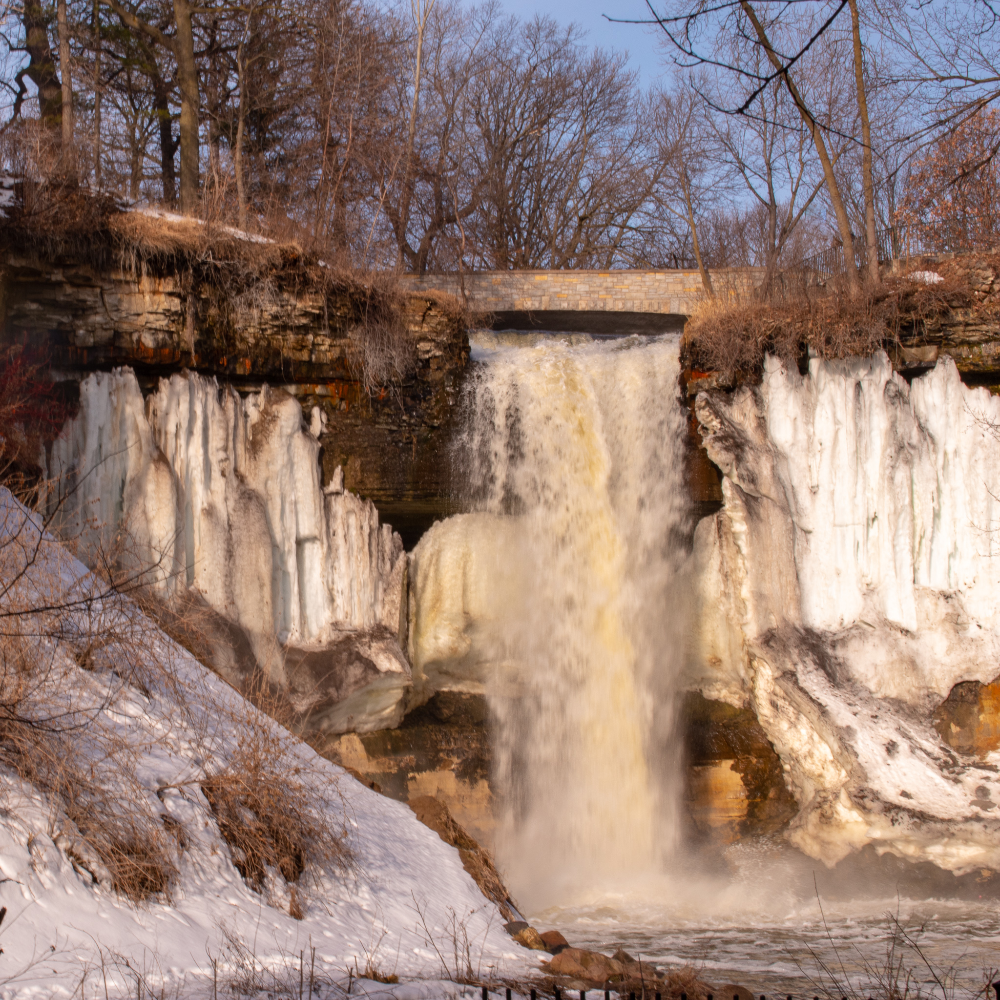 uprooted-traveler-minnehaha-falls-st-paul-minneapolis-guide-what-to-do-2.jpg