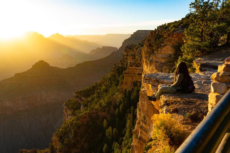 uprooted-traveler-arizona-yavapai-point-sunrise-grand-canyon-southwest.jpg