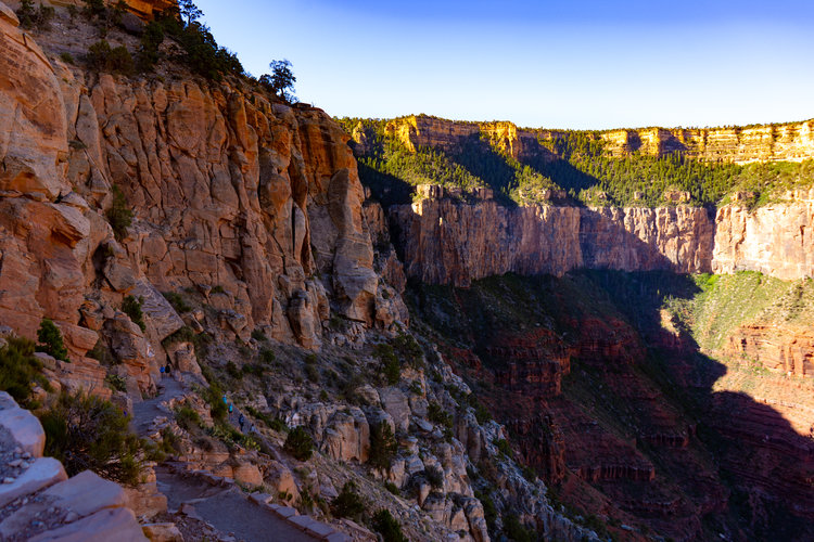uprooted-traveler-grand-canyon-south-keibab-trail-vegam-southwest-road-trip (1).jpg