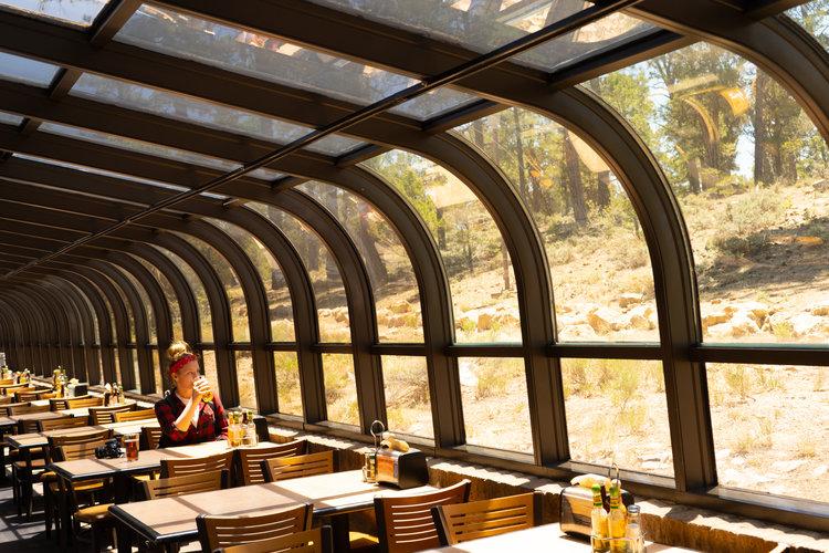 uprooted-traveler-grand-canyon-yavapi-lodge-restaurant-beer (1).jpg