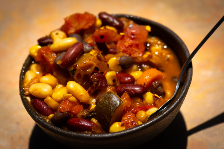 uprooted-traveler-grand-canyon-yavapai-lodge-restaurant-vegan-chili (1).jpg