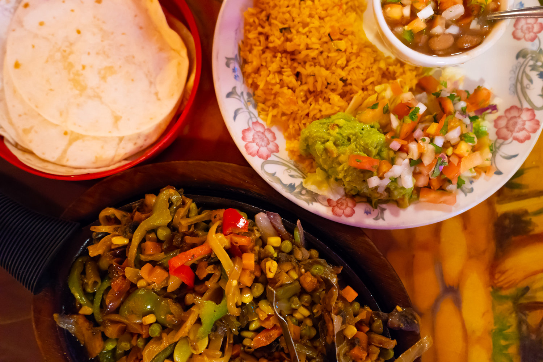 uprooted-traveler-vegan-fajita-page-arizona-fiesta-mexican-road-trip.jpg
