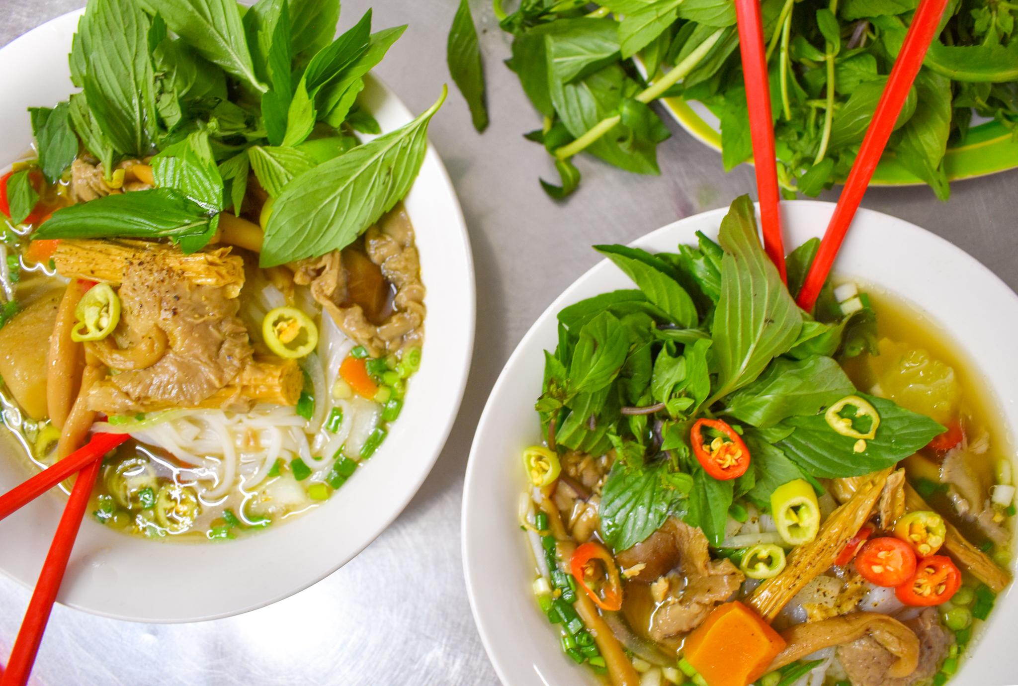 Uprooted-Traveler-Ho-Chi-Minh-Phở-Chay-Như-vegan-saigon-pho-guide.jpg