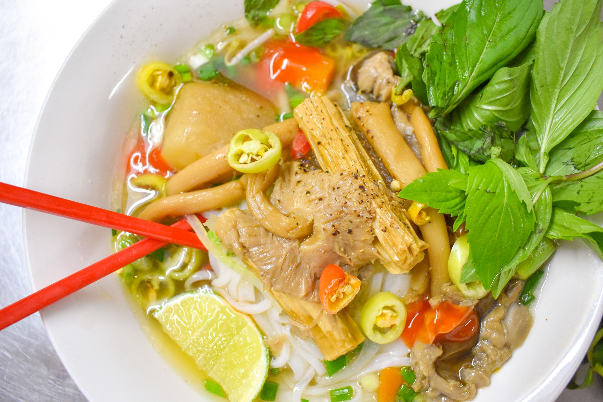 Uprooted-Traveler-Ho-Chi-Minh-Phở-Chay-Như-vegan-saigon-pho.jpg
