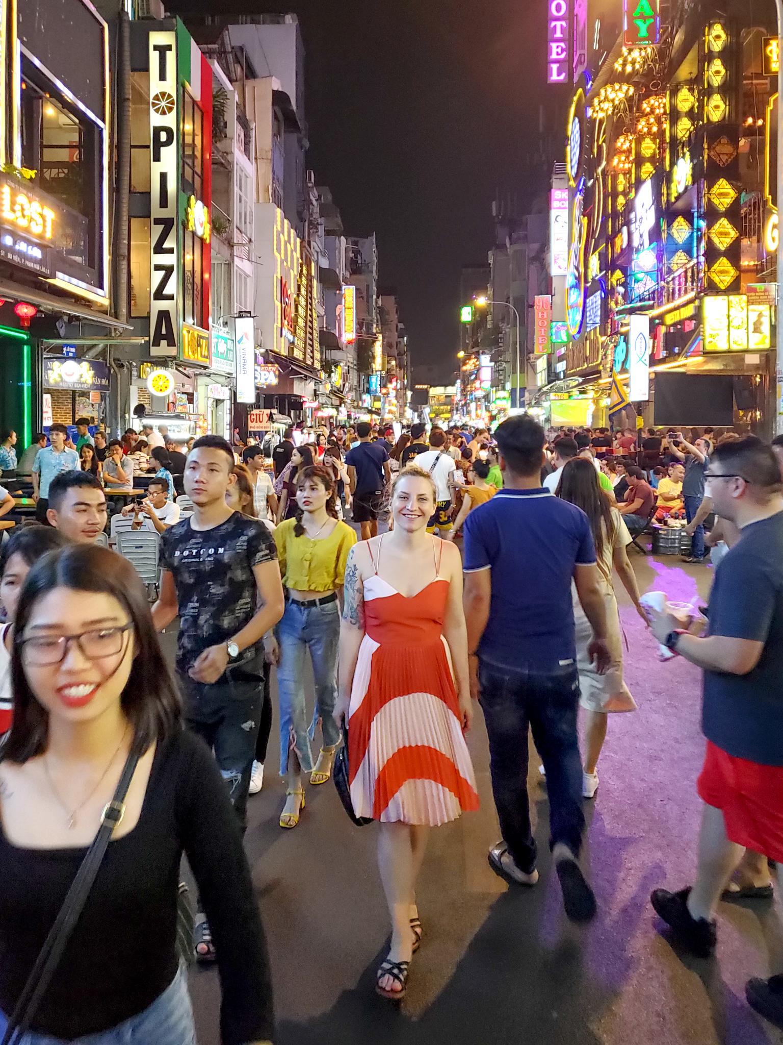 Uprooted-Traveler-bui-vien-street-Ho-Chi-Minh-48-hour-itinerary-saigon.jpg