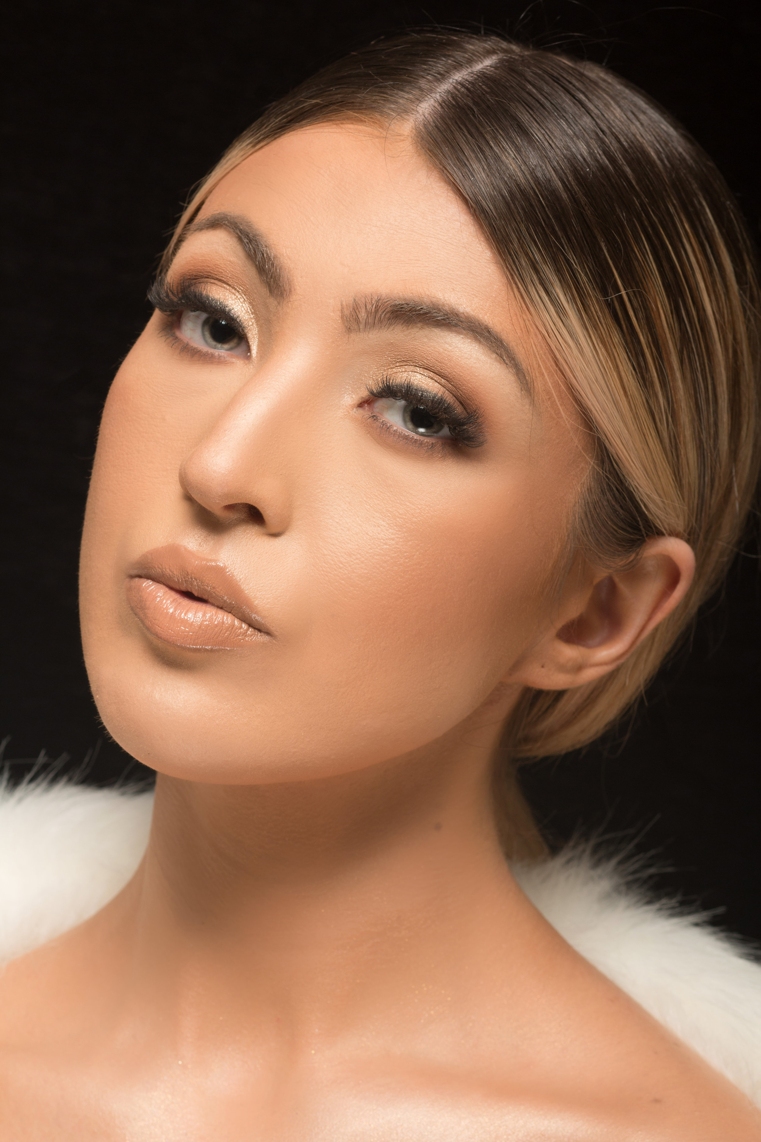 Samantha in our signature Natural Elegance look