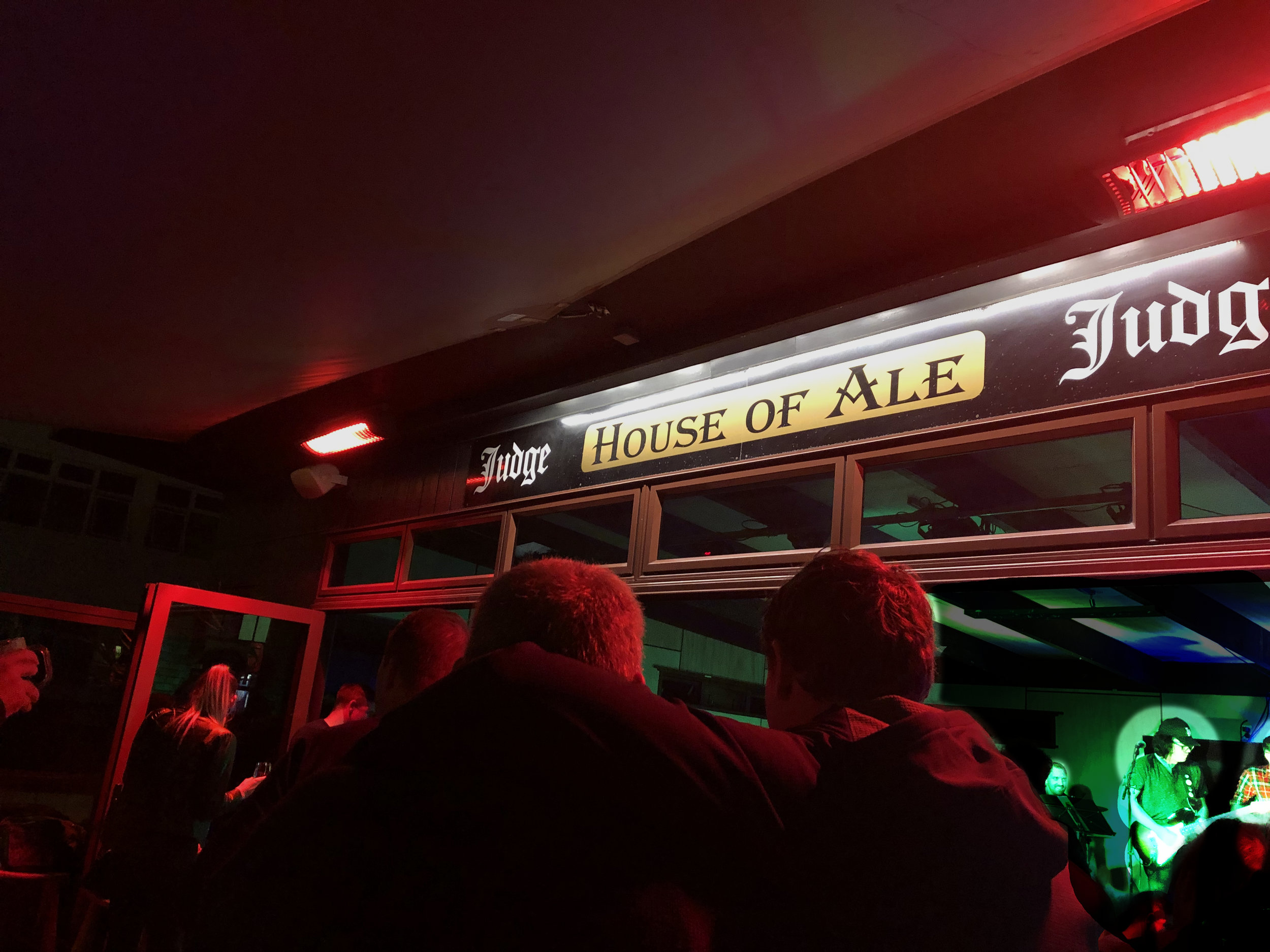 house of ale phil edwards band.jpg