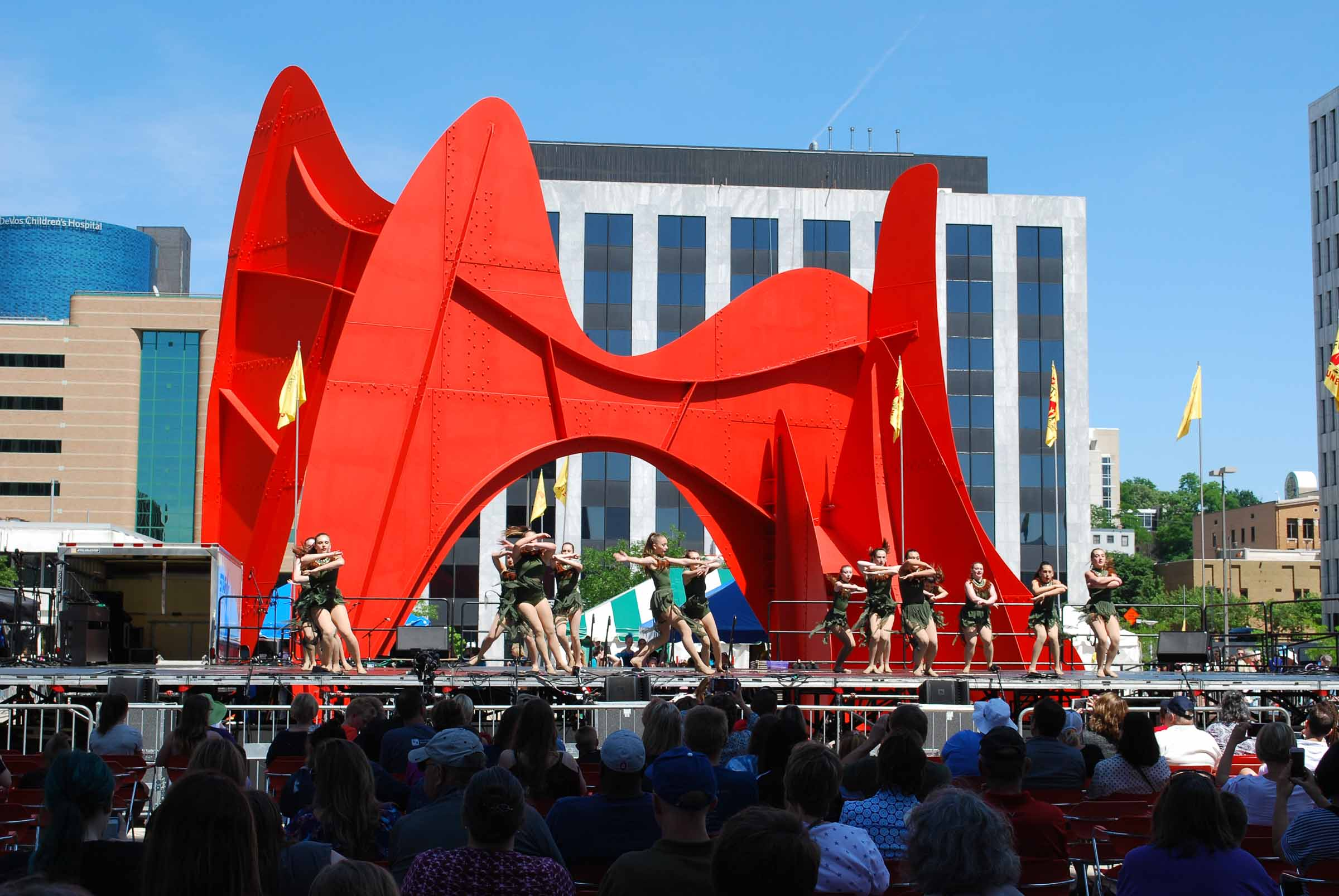 2018 Festival of the Arts, Calder Plaza stage, photo credit Eric Zuniga.