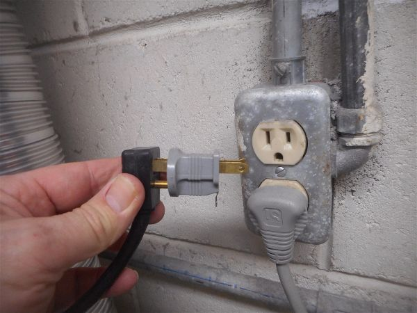 Grounding adapters...