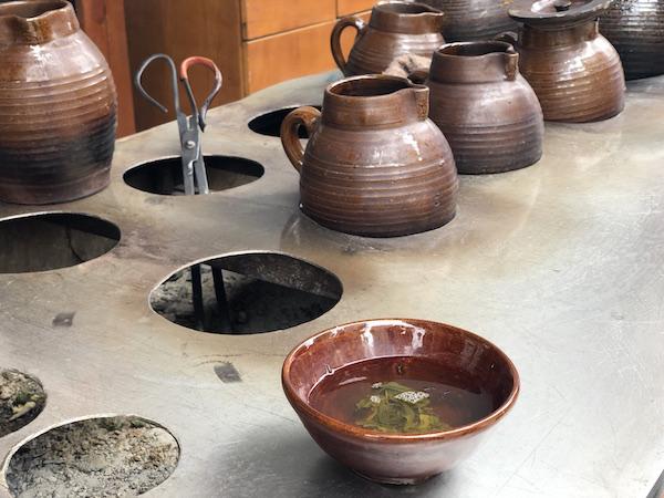 Guan guan cha... oldschool bowl tea...
