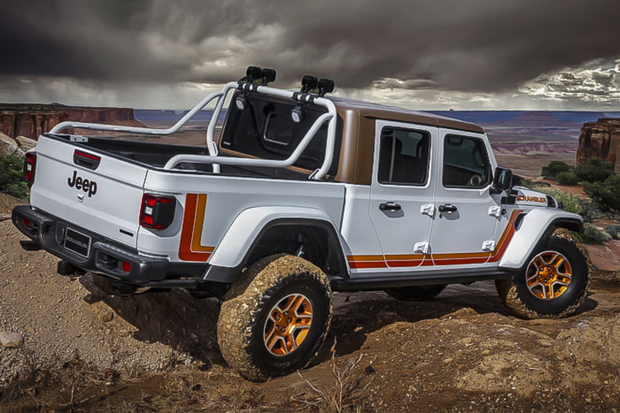 2019-jeep-moab-safari-concepts-11-700x467-c.jpg