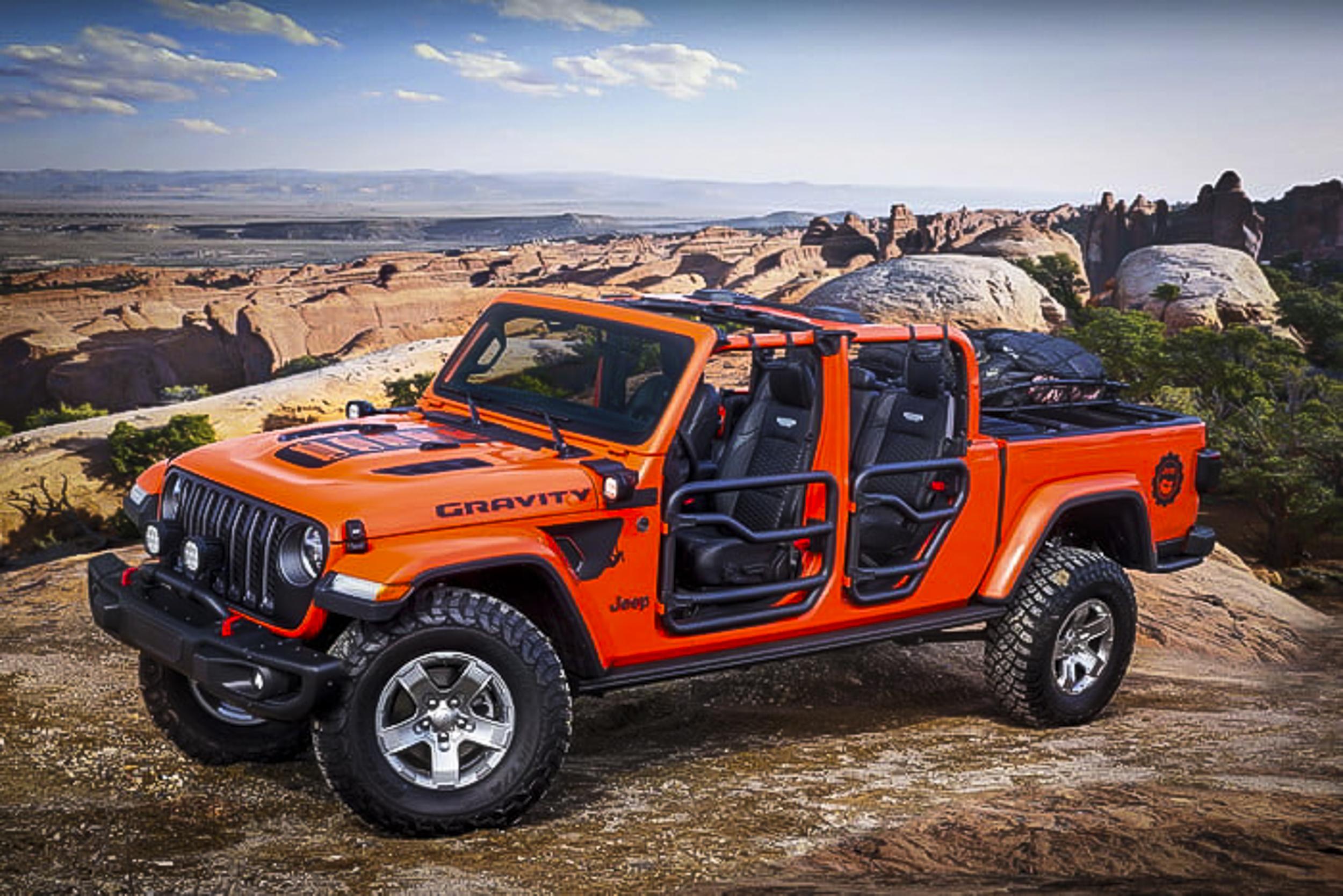 2019-jeep-moab-safari-concepts-12-700x467-c.jpg