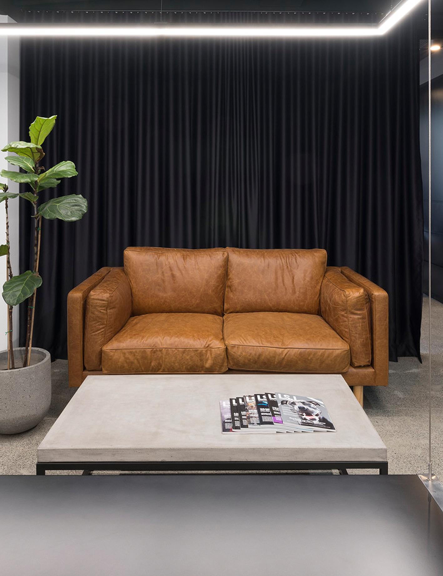 Rusty 2 seater – Custom designed / created lounge