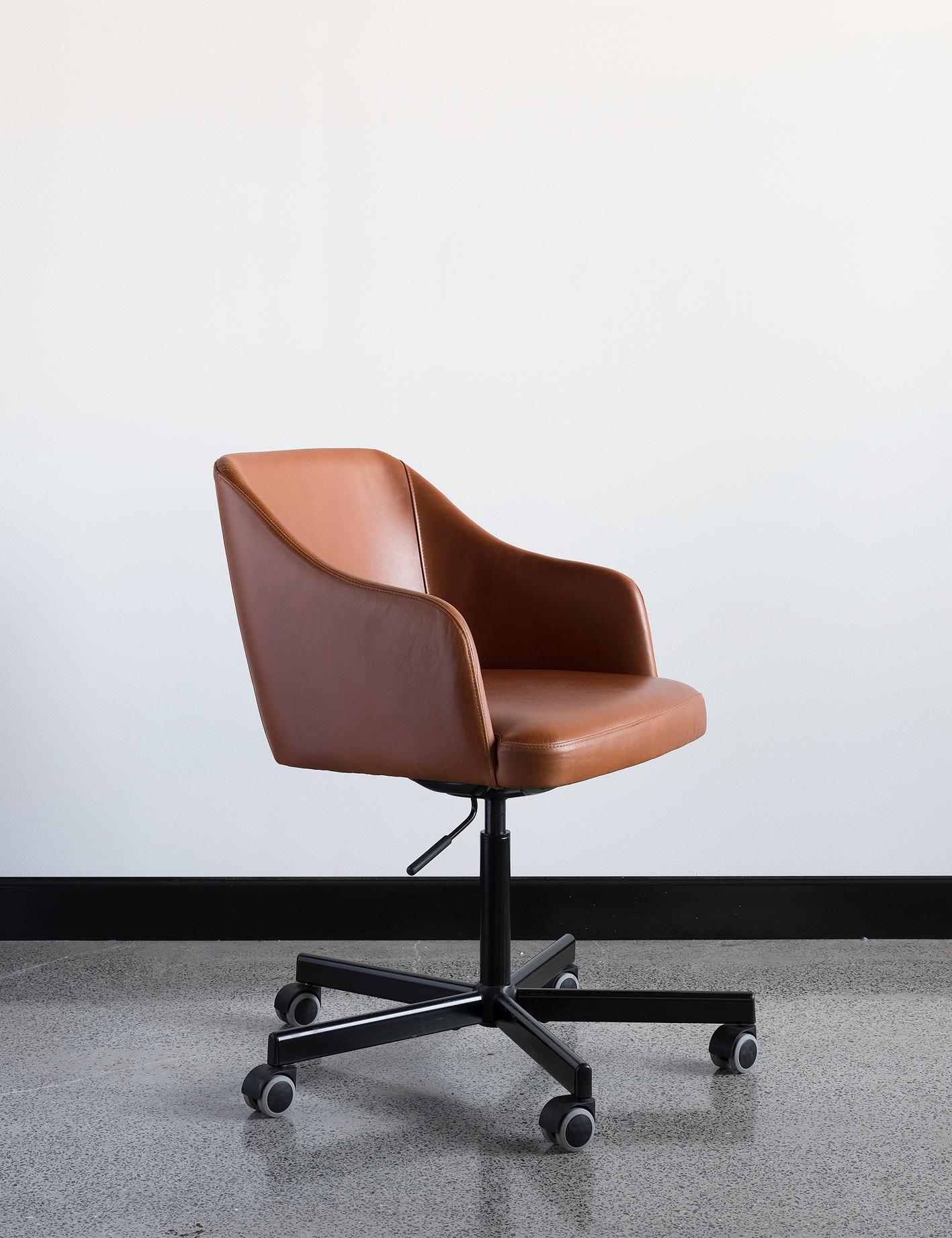 Cuir chair – Custom designed / created office chair
