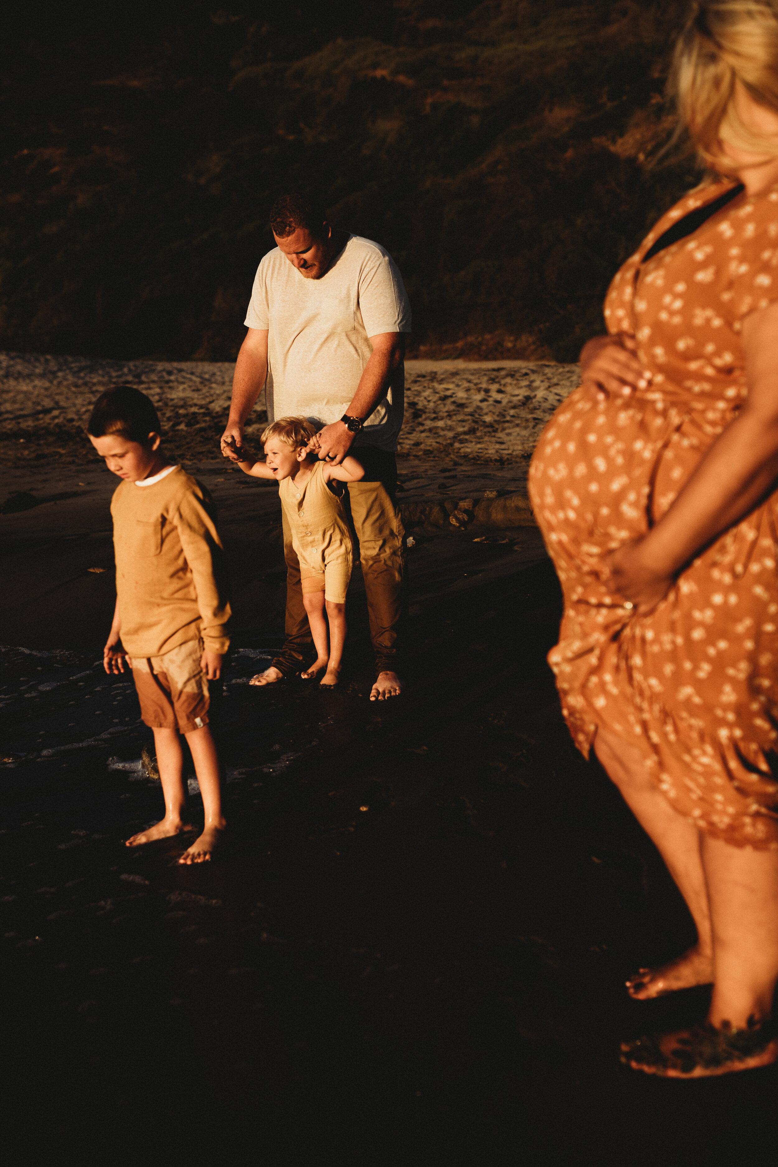 family photographer on beach - Lindsay Petty Photography