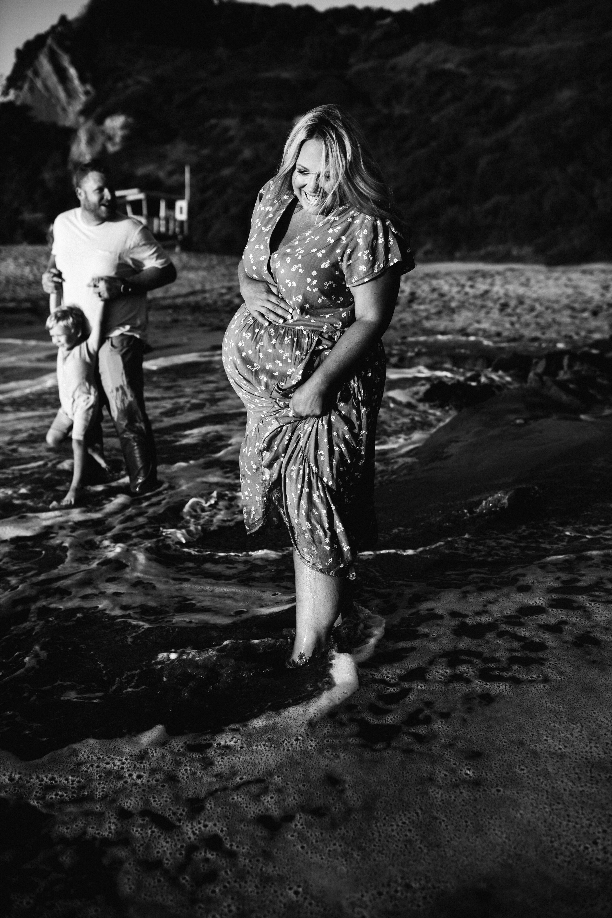 family on beach - Lindsay Petty Photography
