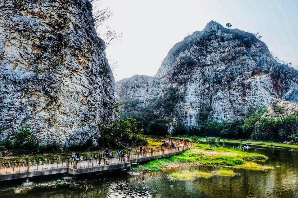 Khao Ngu Stone Park, Ratchaburi, Thailand