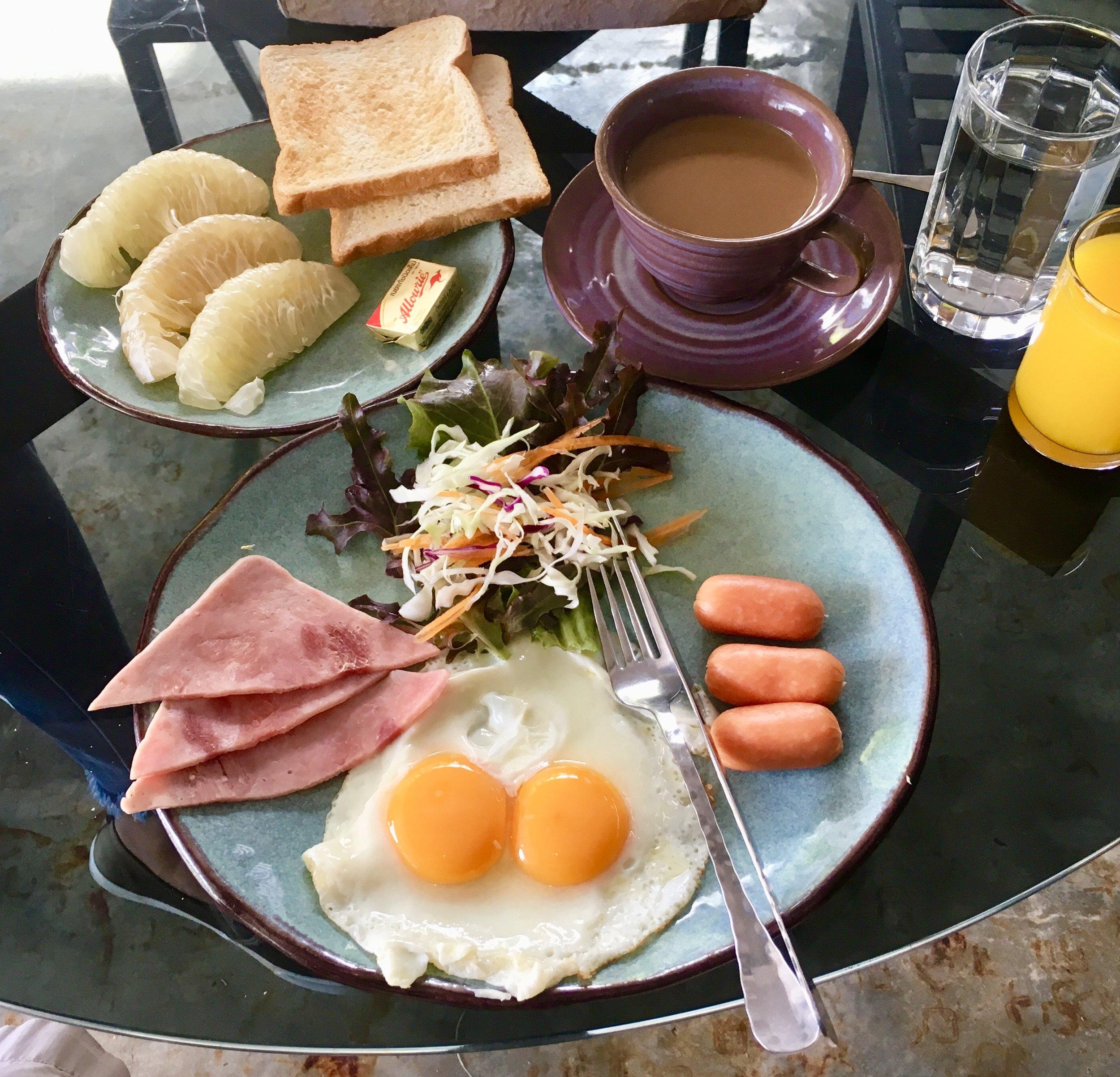 "Decent a la carte ""American"" breakfast option of fried eggs, pork sausage, ham, etc."