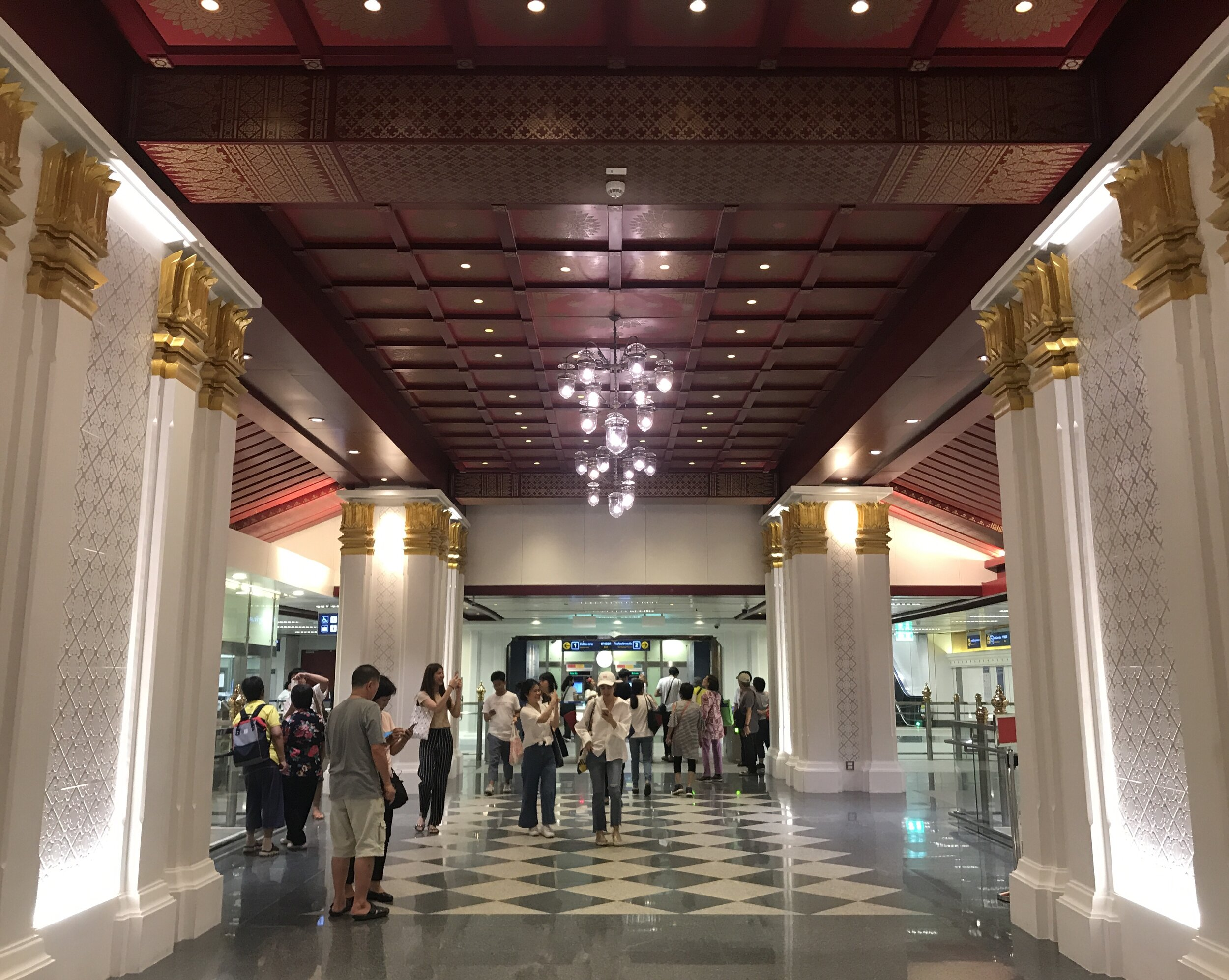 Sanam Chai station. Here you can walk to The Royal Grand Palace and Wat Pho.