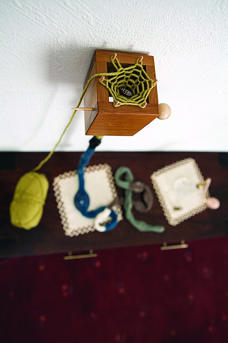 Roots Box  Jewellery container that knits itself