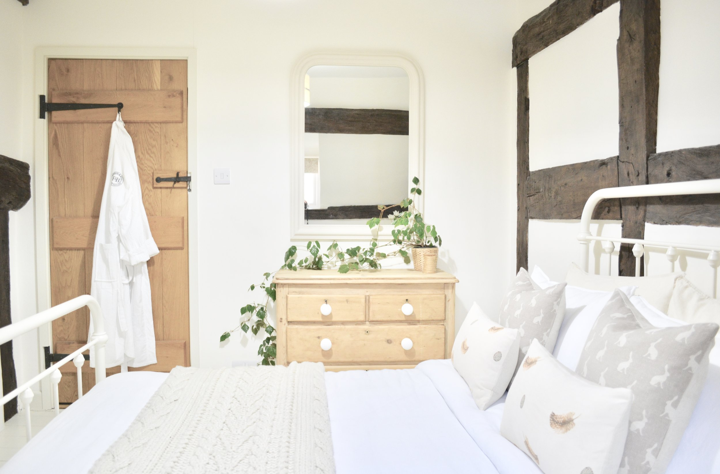 Black & White Cottage Bedroom Designed by www.hlinteriors.co.uk22.jpeg