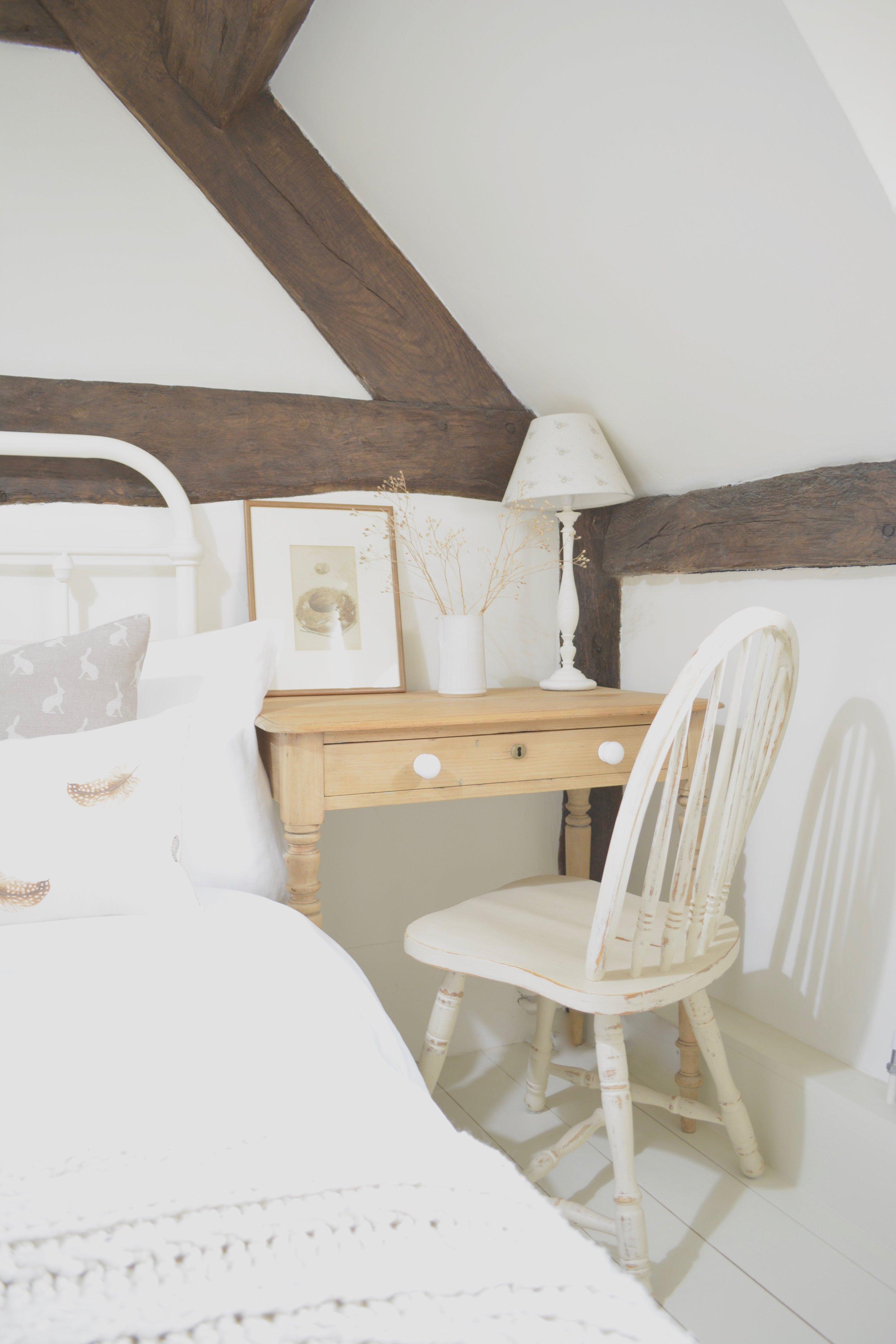 Black & White Cottage Bedroom Designed by www.hlinteriors.co.uk14.jpg