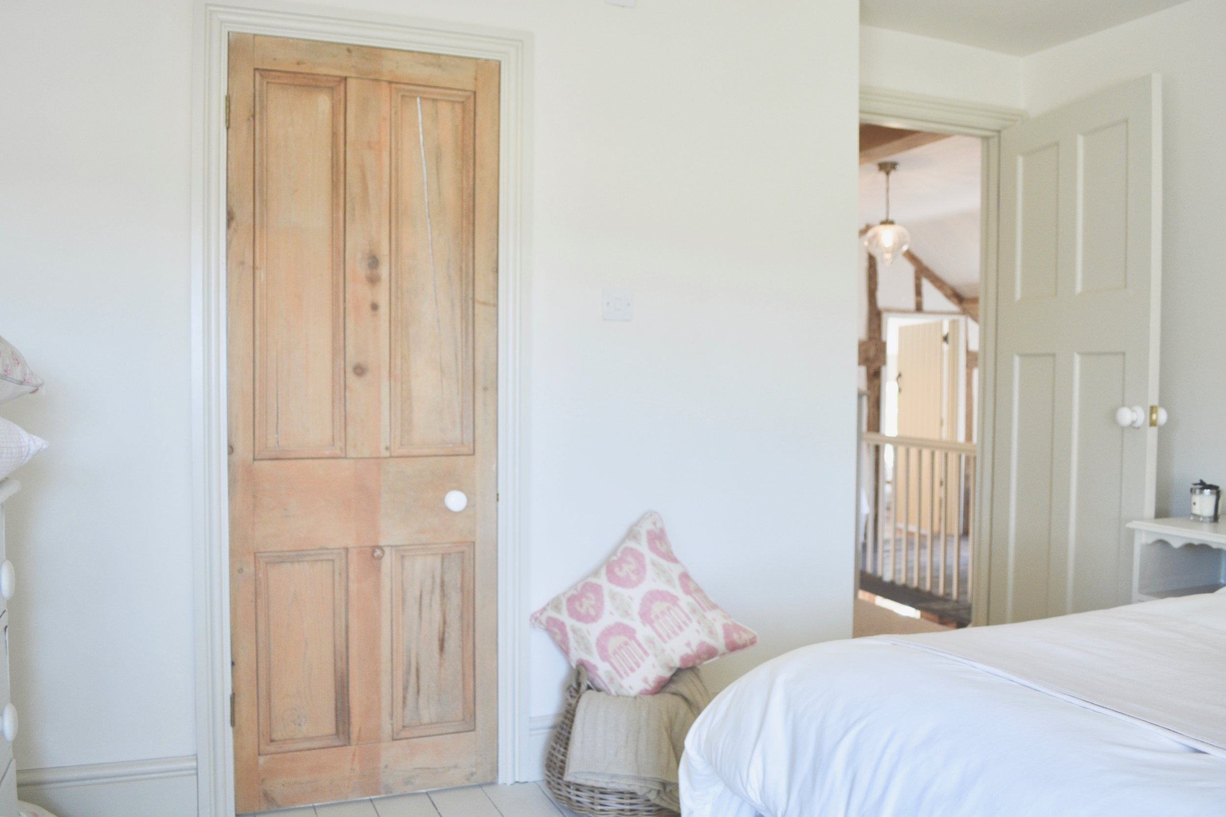 Herefordshire Farmhosue Project - Designed by Hannah Llewelyn Interior Design - hlinteriors.co.uk4.jpg