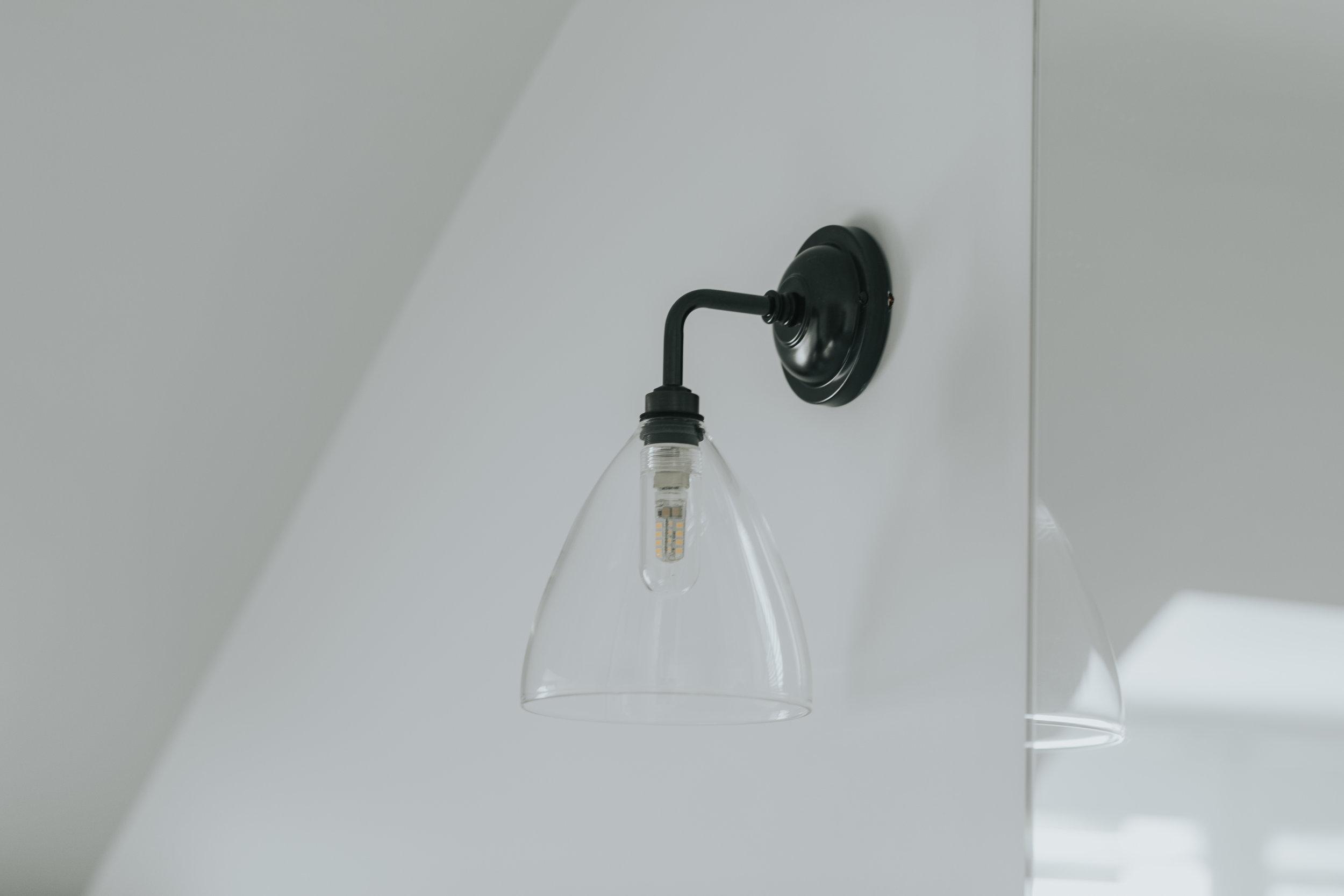 Contemporary Bathroom hlinteriors.co.uk6B2A0553.jpg