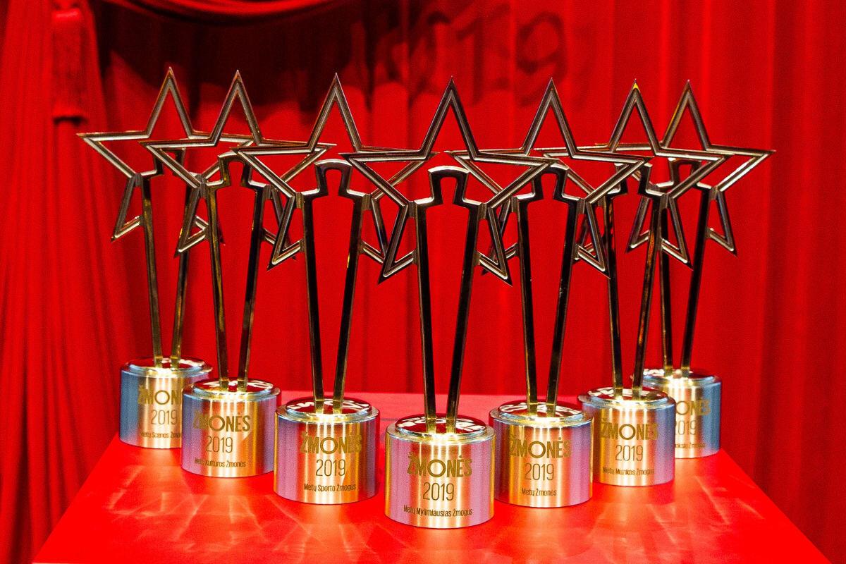 zmones-2020-apdovanojimai-ziurovus-kvies-nerti-giliau-zmones-foto-nuotr-5d95e586973986-41906835.jpeg