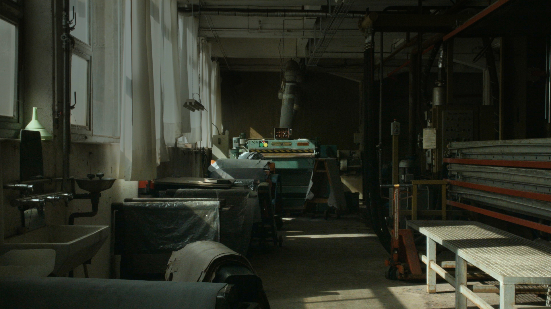 TANNERY - art film documentary