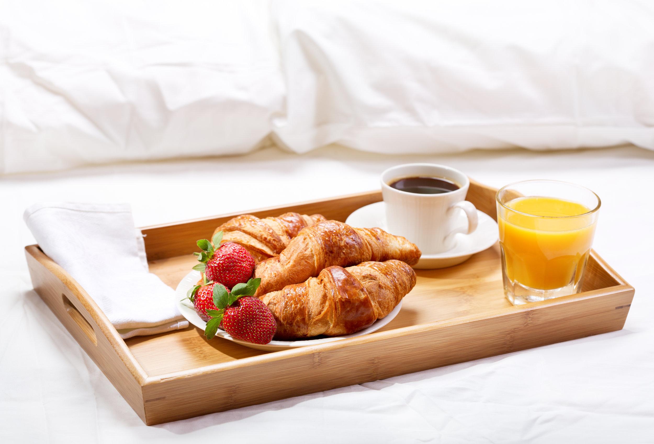 Title name From 89.- p.p. - 1 x een overnachting op een luxe kamer1 x een royaal ontbijtbuffet1 x een heerlijk 3-gangen dinerEntreebewijs voor het DolfinariumNu reserveren →