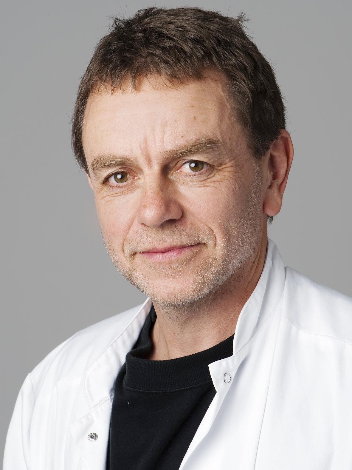 Henrik_foto.JPG
