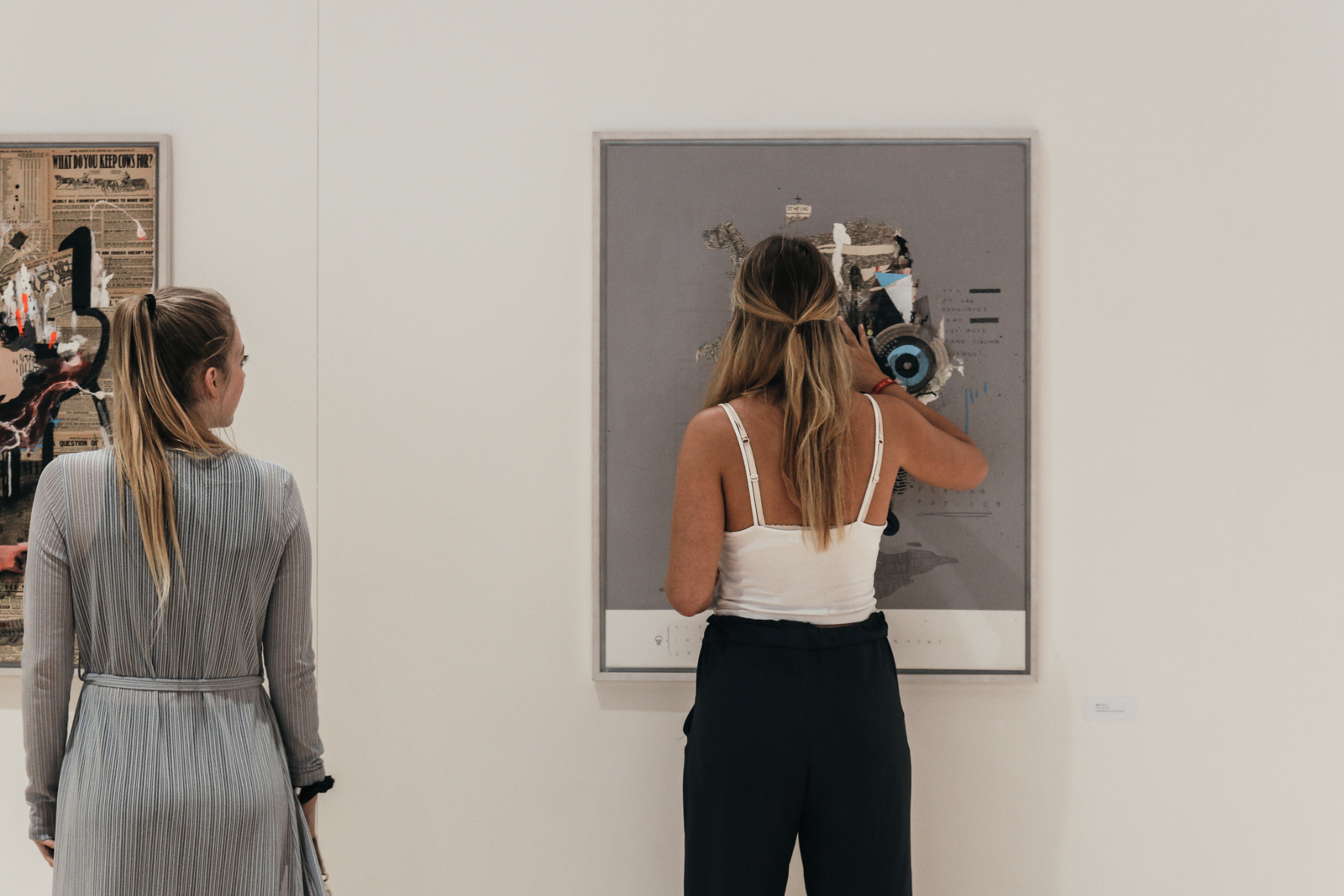 Fifteen_Seconds_art_gallery.jpg