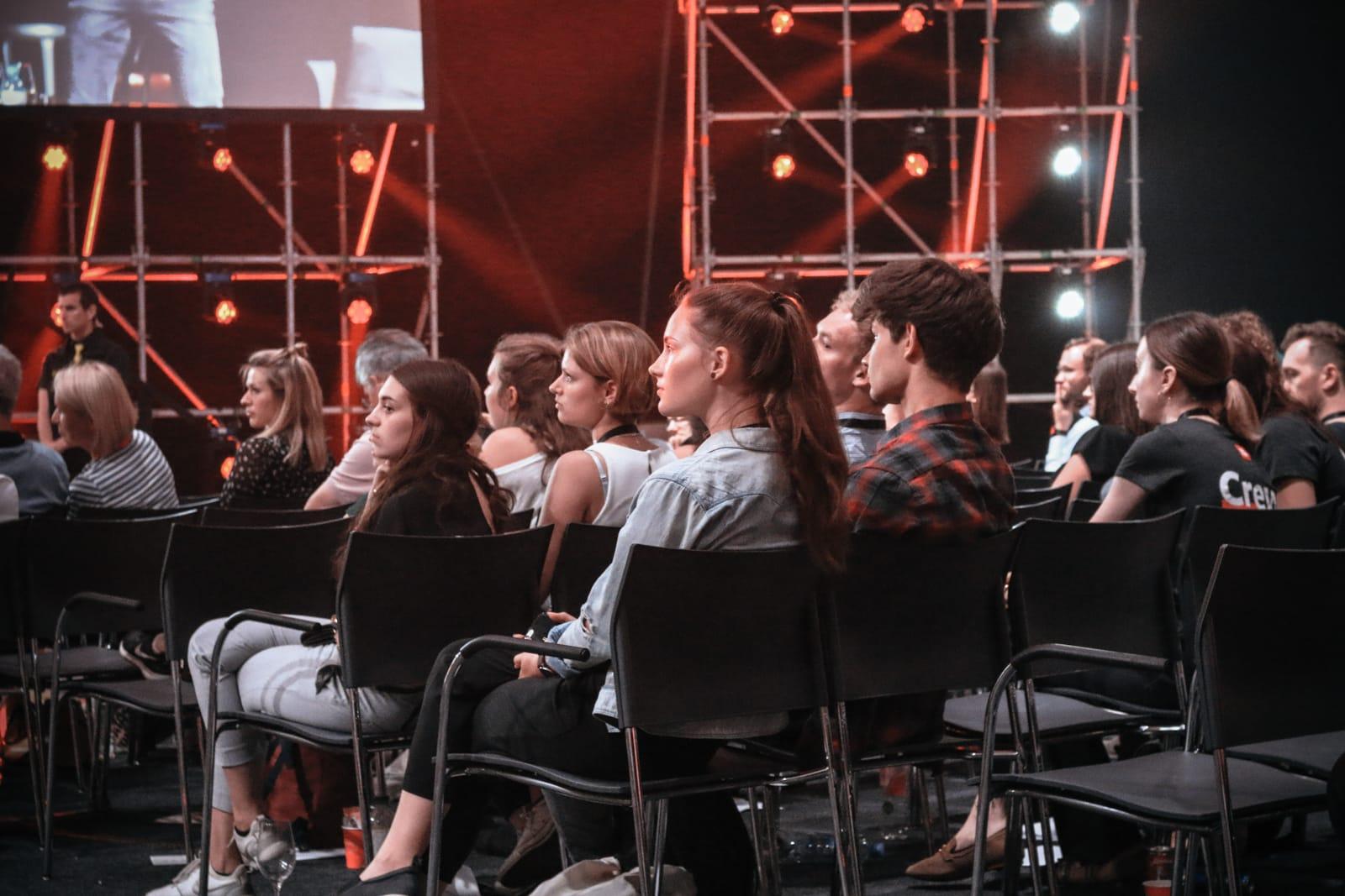 Fifteen_Seconds_audience.jpg