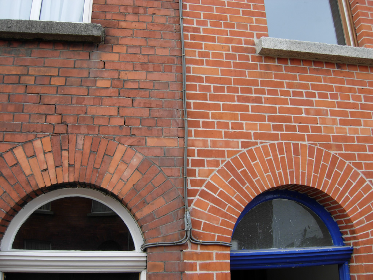 repointing-before-and-after.png